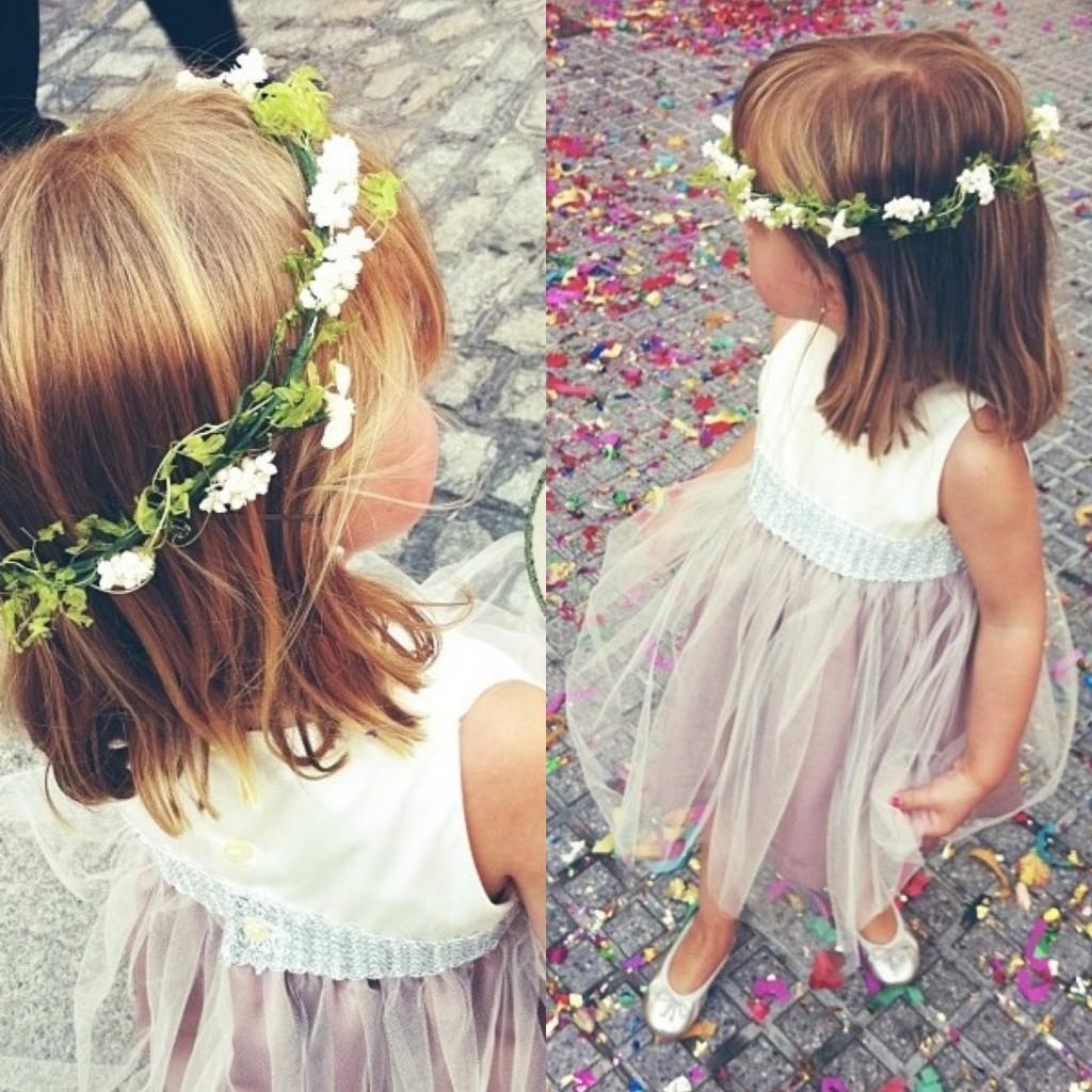 Corona-flores-con-botas-de-agua