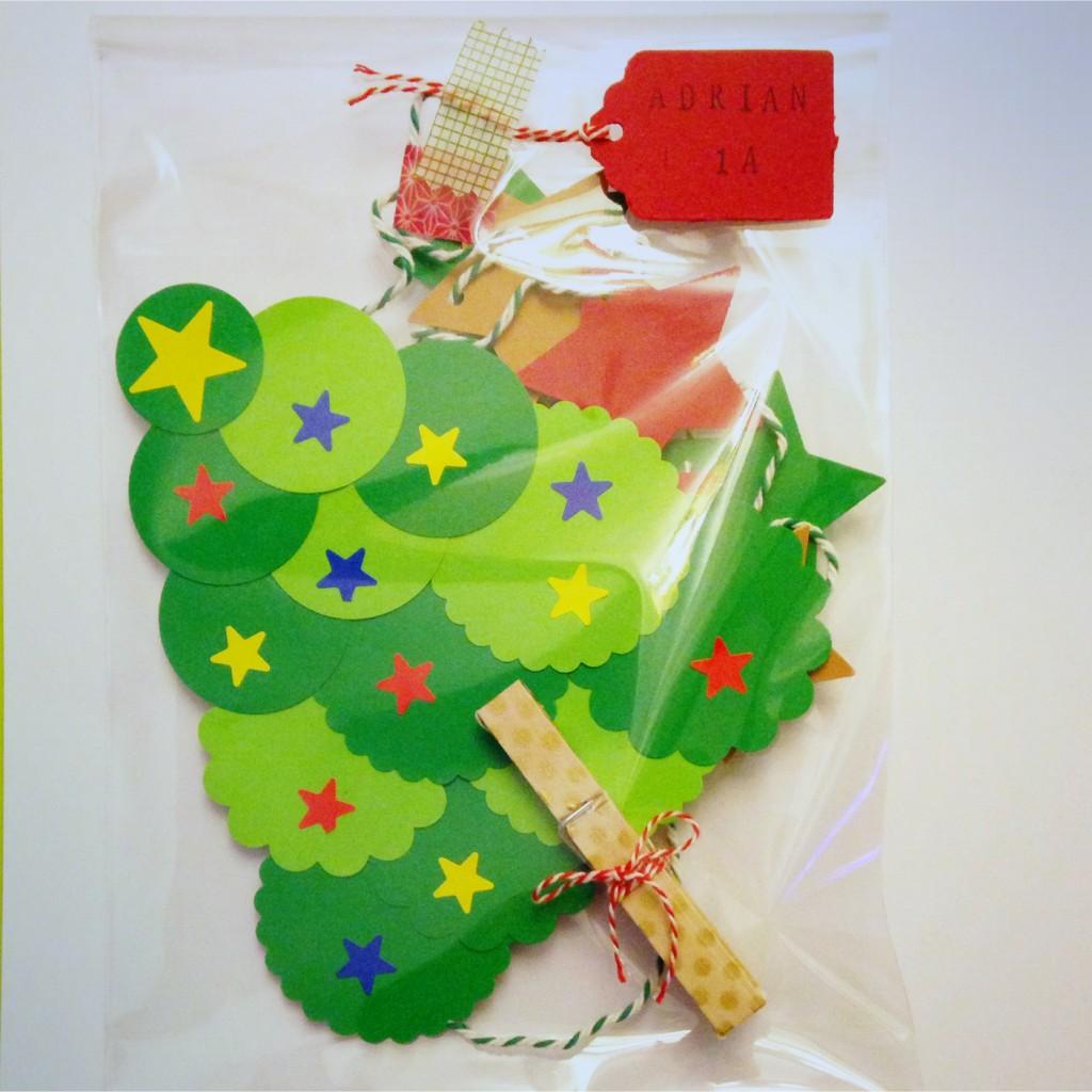 DIY-árbol-de-navidad-adornos-para-cole
