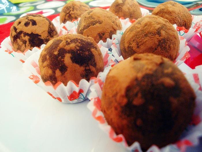 trufas de chocolate y mascarpone para navidad