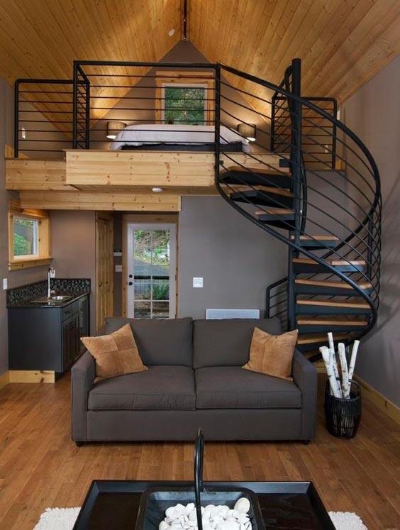 Escaleras de caracol negras y madera