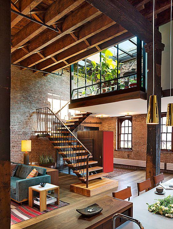 Escaleras de tramo de madera