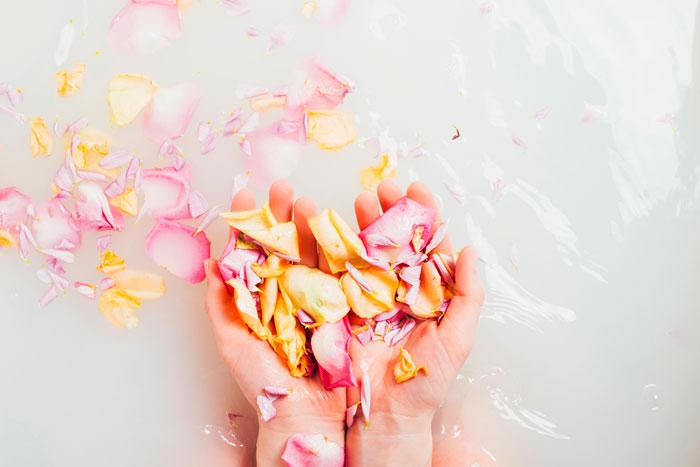Aromaterapia petalos de rosas