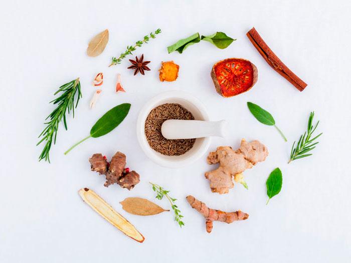 Extraer productos orgánicos con mortero