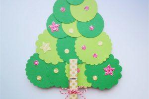 DIY: un árbol de Navidad fácil fácil para hacer con los peques
